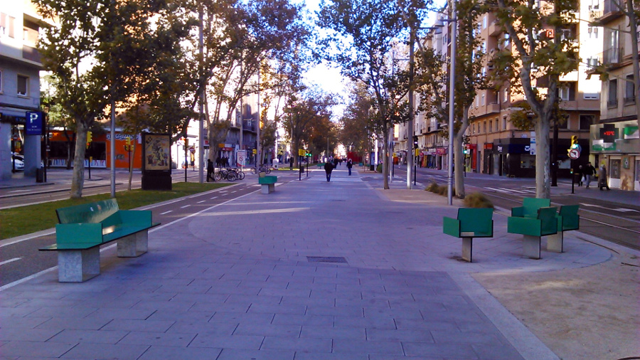 gran via zaragoza avenue (1)