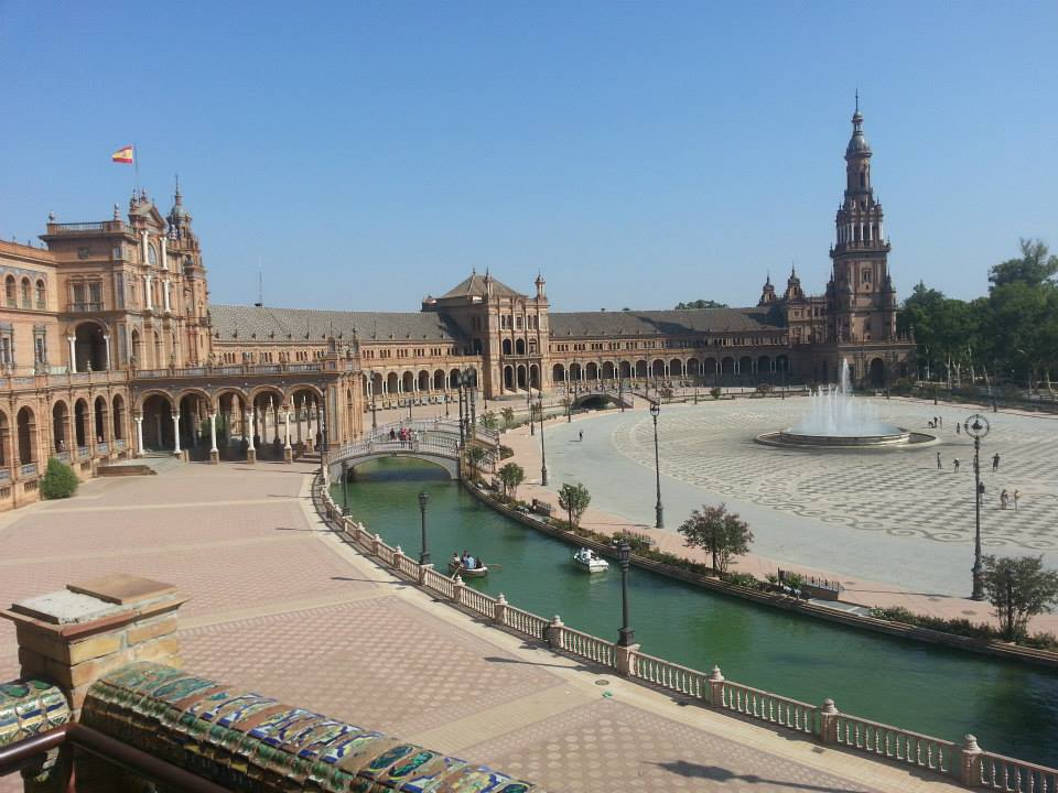 Plaza de España / Spain Square (Seville) - The best places ...
