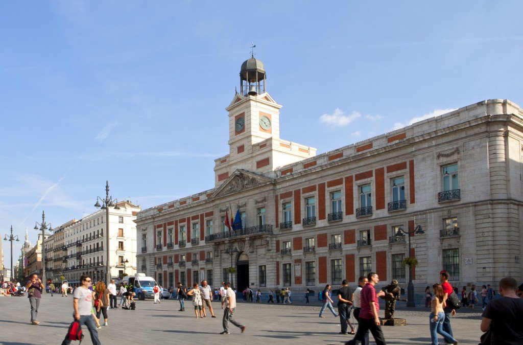 One week tour in madrid what to visit in seven days in for Monumento puerta del sol