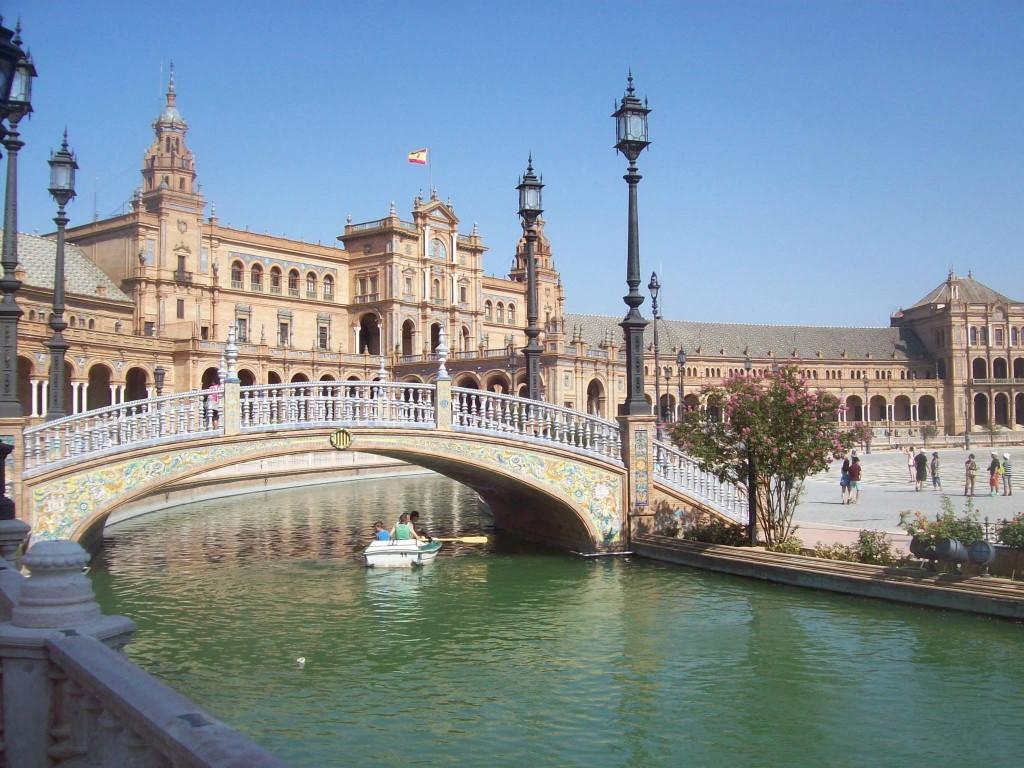 Plaza de España / Spain Square (Seville) - The best places ...