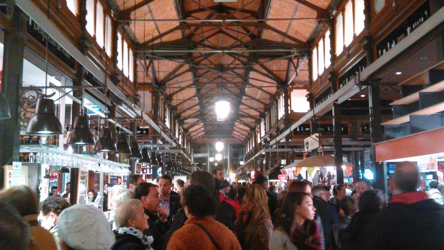 mercado de san miguel madrid espana