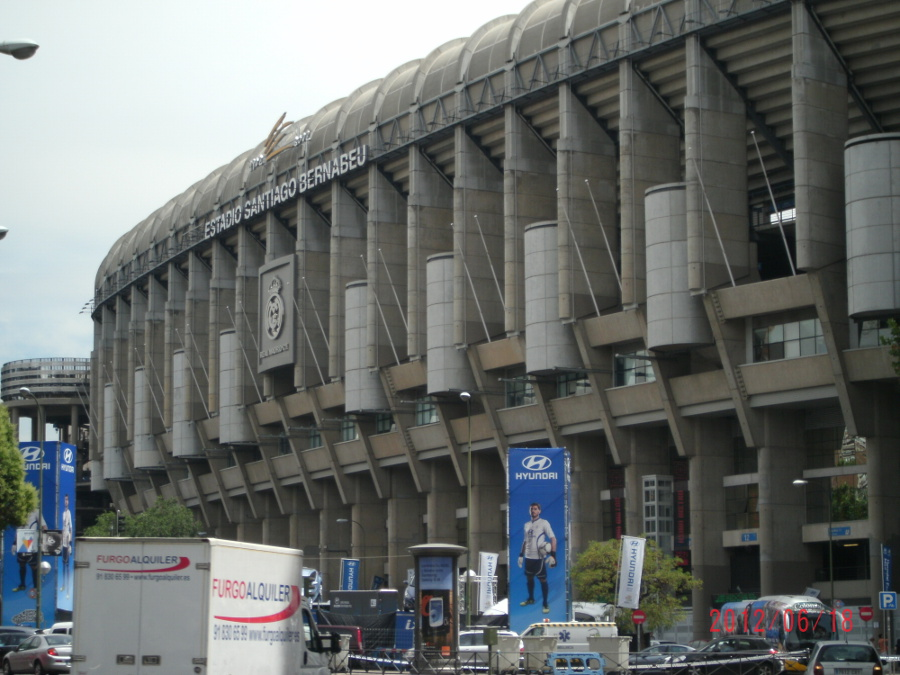 One week tour in madrid what to visit in seven days in for Puerta 38 santiago bernabeu