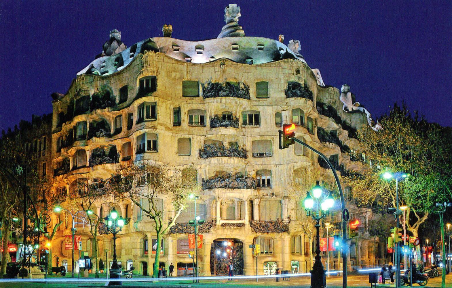 Casa Mila La Pedrera A Gaudi Building Barcelona on San Antonio Floor Plans