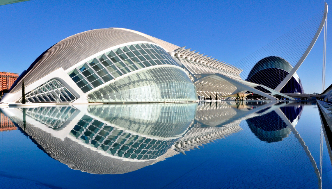 Ciudad De Las Artes Y Las Ciencias City Of Arts And Sciences Valencia The Best Places In Spain