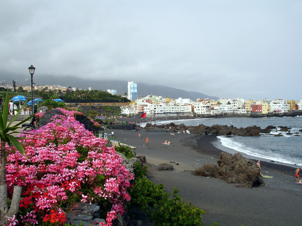 Puerto de la cruz tenerife canary islands the best places in spain - Playa puerto de la cruz tenerife ...