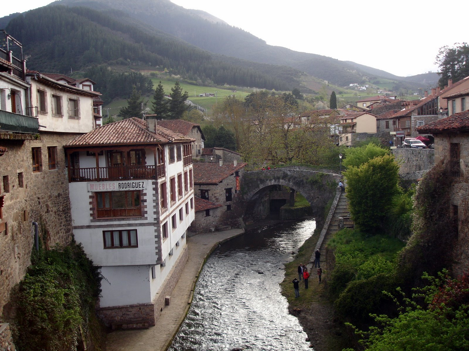Best Small Towns To Visit What To Visit In Potes A Picturesque Town In Cantabria