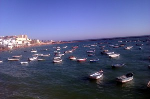barcos y playa