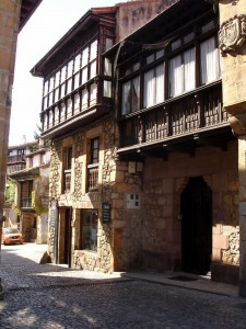 COMILLAS city center