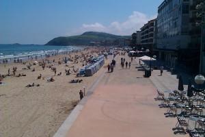 playa y paseo maritimo