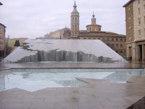 fuente plaza del pilar